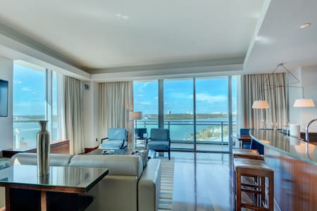 2B Oceanfront, Private Residence @ 5* Luxury Hotel