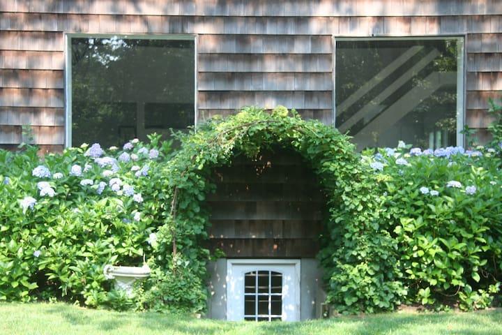 Secluded, peaceful Water Mill Barn w/Pool sleeps 8