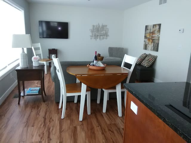 Fresh and Convenient in Town Condo