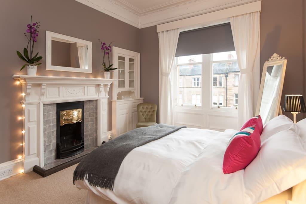 Warrender Rooms For Rent