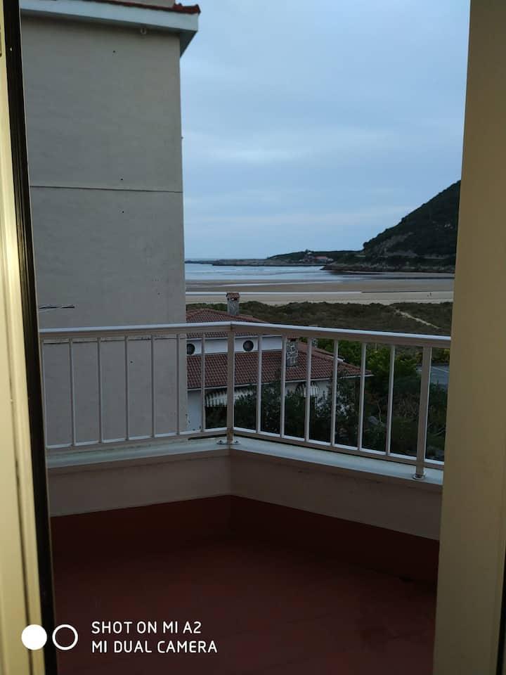 Apartamento en la Playa en Oriñón (Cantabria)
