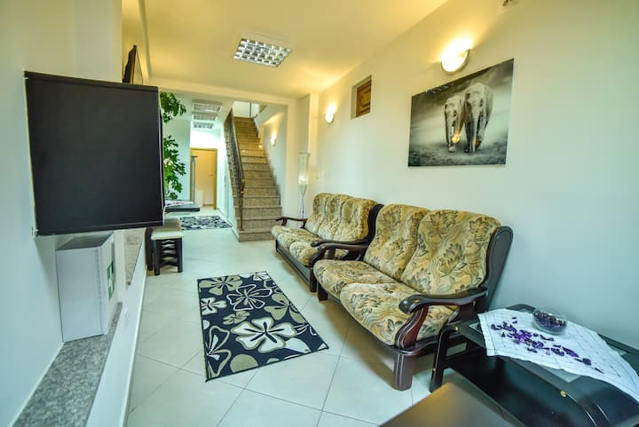 Hostel Sinj - Bed in 8-Bed Mixed Room (no.3)