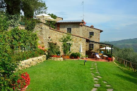 Delicious country-house in Chianti - San Casciano in Val di Pesa - Huoneisto