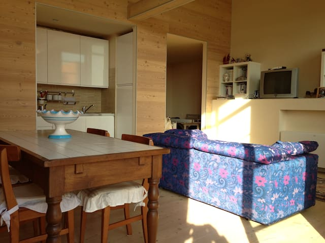 In riva al mare - Marina di Pisa-tirrenia-calambr - Apartment