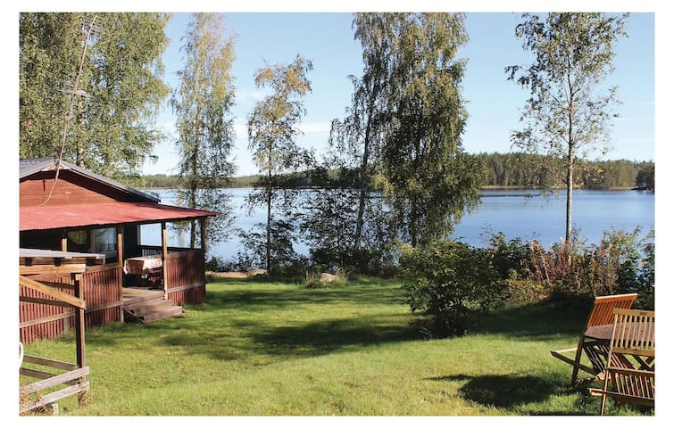 Holiday cottage with 1 bedroom on 52m² in Halmeniemi