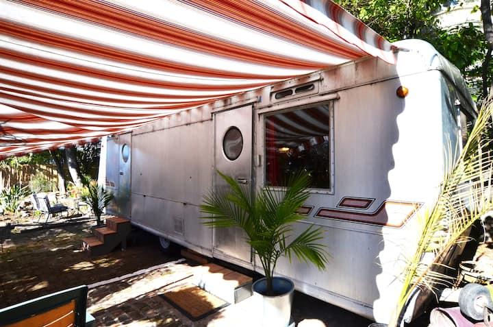 Retro Retreat Pasadena Adjacent
