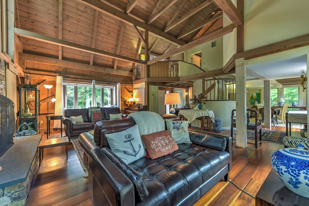 Inside the home, you'll find stupendous cathedral ceilings and lavish furnishings throughout.