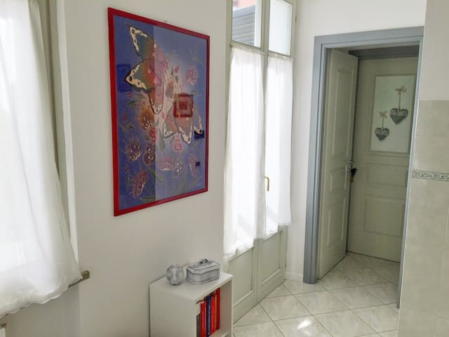 Central two-rooms apartment and private parking