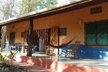 2 BR/2 BA home private, quiet  20meters from beach - Montezuma