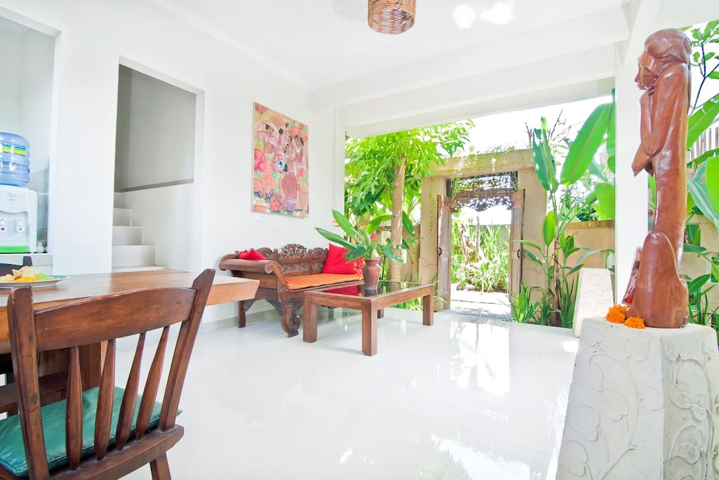 New Balinese Cottage w ith Pool
