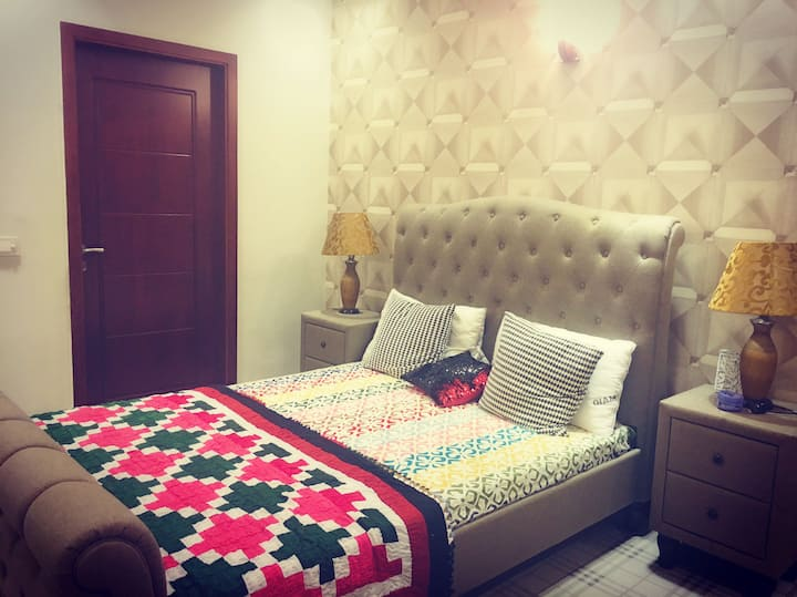Snug Room for Old & Retired Couple in Phase 6 DHA