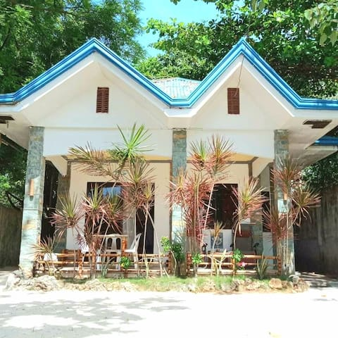 The Anchor House @ 101 Steps to Beach #InTown :-)