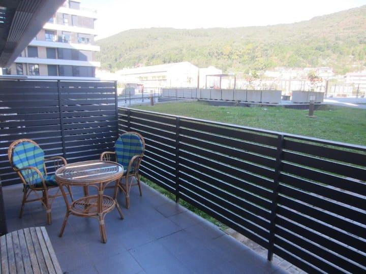 Dúplex con amplia terraza impecable