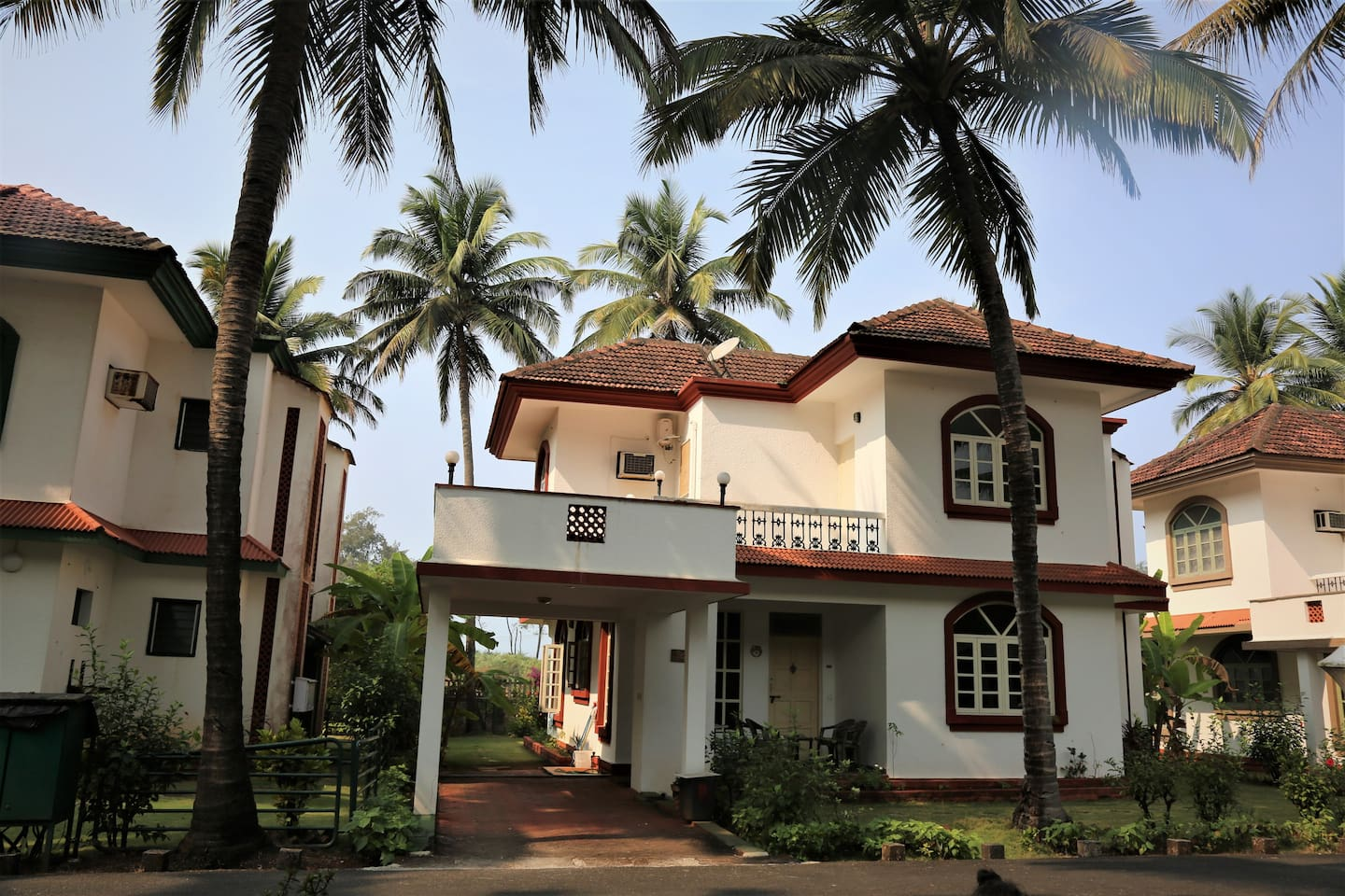 Bungalow ! Most scenic and beautiful house in Goa with tranquility.