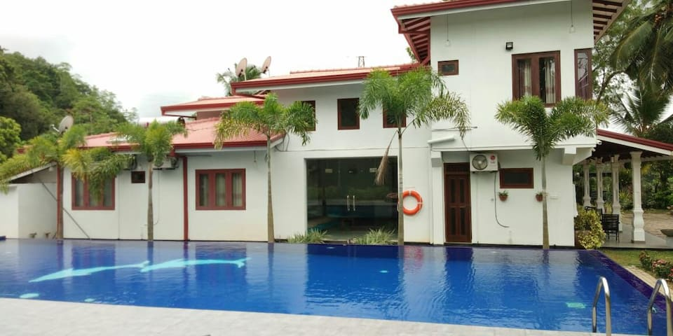 Cannelle villa with big swimming pool