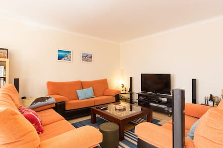Cozy Apartment near Baleal - Ferrel - Huoneisto