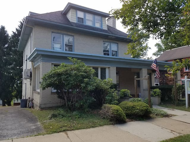 Cozy, Pet-Friendly Apartment in Ligonier - Apt. 1 - Ligonier - Apartemen