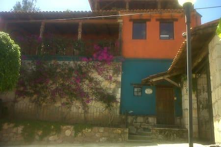 exelente departamento Amueblado con terraza - Guanajuato