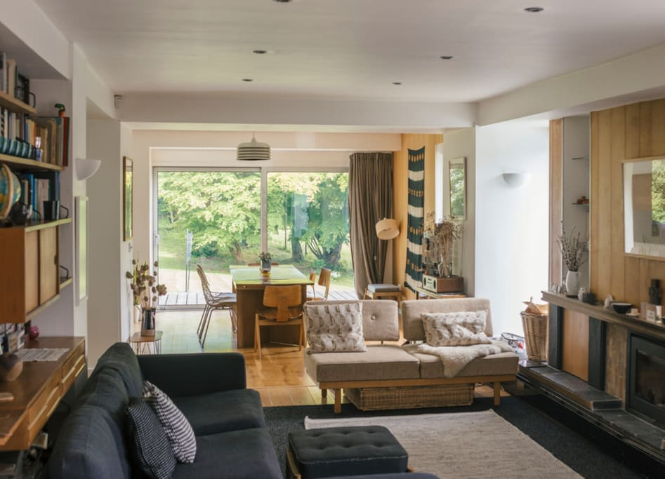Living area no1 with woodburner, sofas and TV