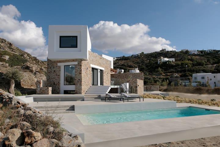 Villa Babù  Naxos  piscina privata a 80 m dal mare