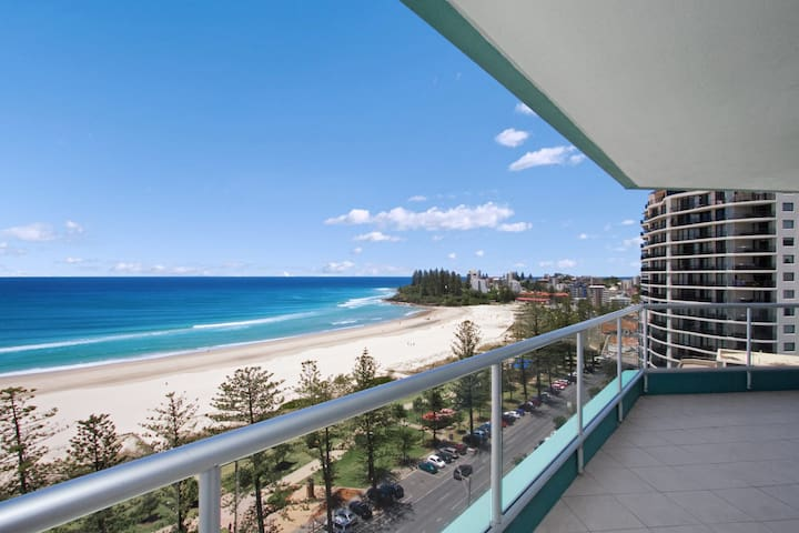 Ocean Plaza Unit 1257 - Right on the beach in the centre of Coolangatta