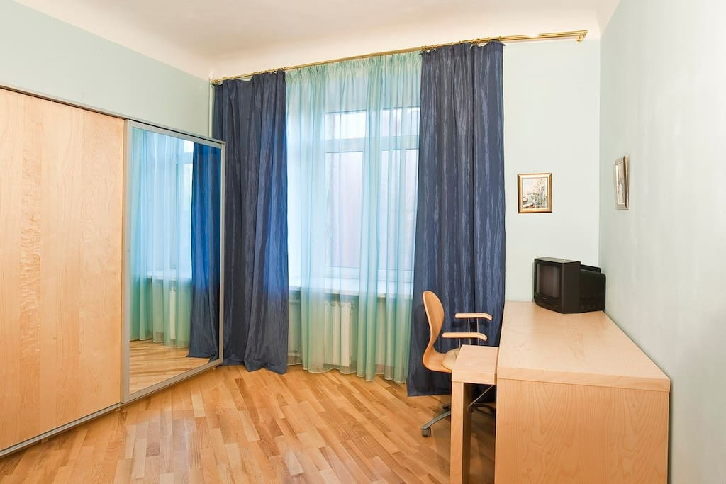 Arbat Apt with 6 separate beds