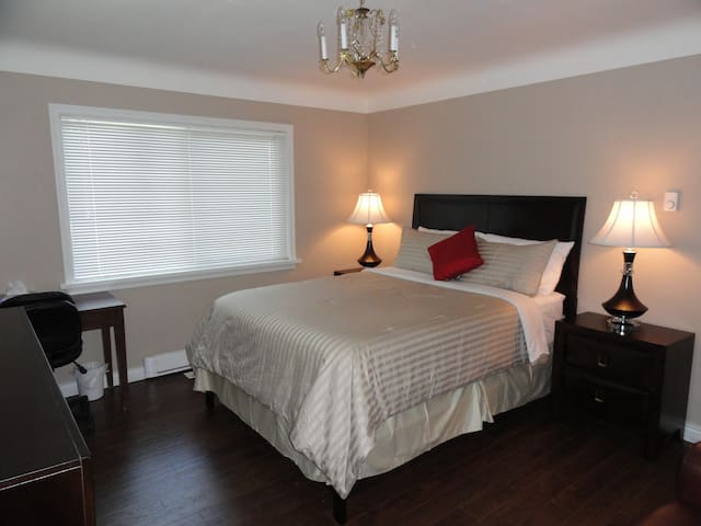 One spacious Bedroom - North Park