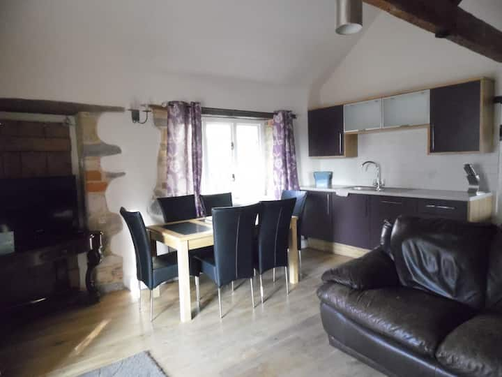 The Dairy family cottage sleeps 4
