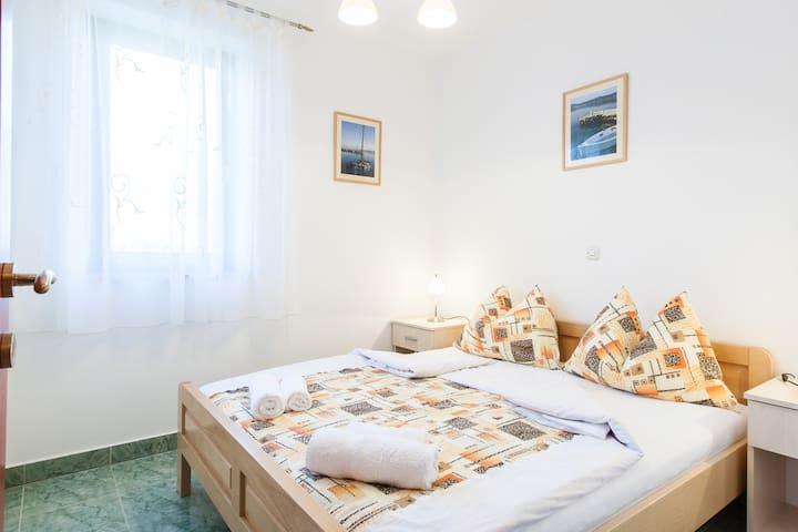 Apartments Mia,Ap4,island Molat