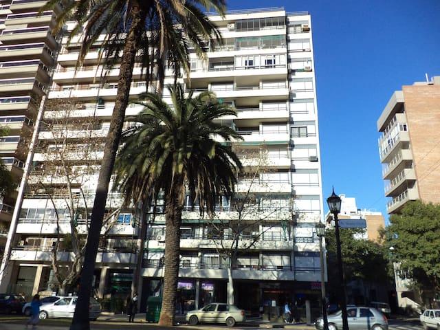 TWO BEDROOM apt in Oroño Blvd - Rosario - Apartamento