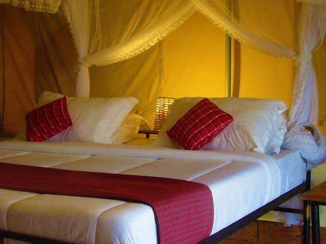 Zebra Kemang'ore Double Bed Luxury Tent
