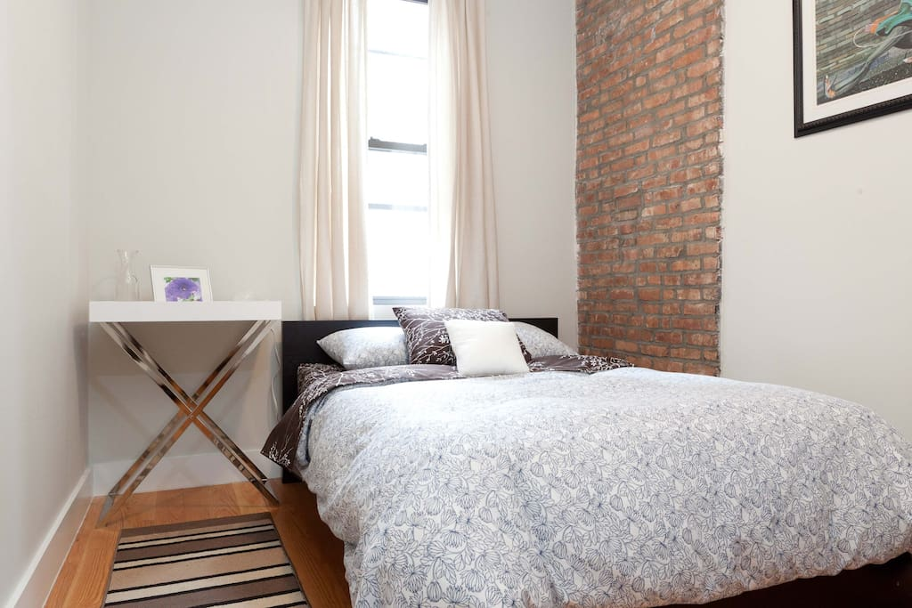 Comfortable modern room in bed stuy apartments for rent in brooklyn new york united states for Two bedroom apt in bed stuy area