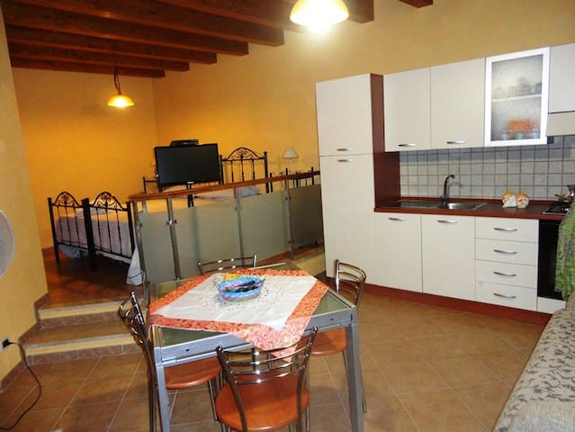 Home holidays in Sicily Caccamo - Caccamo - บ้าน