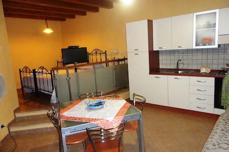 Home holidays in Sicily Caccamo - Caccamo - House