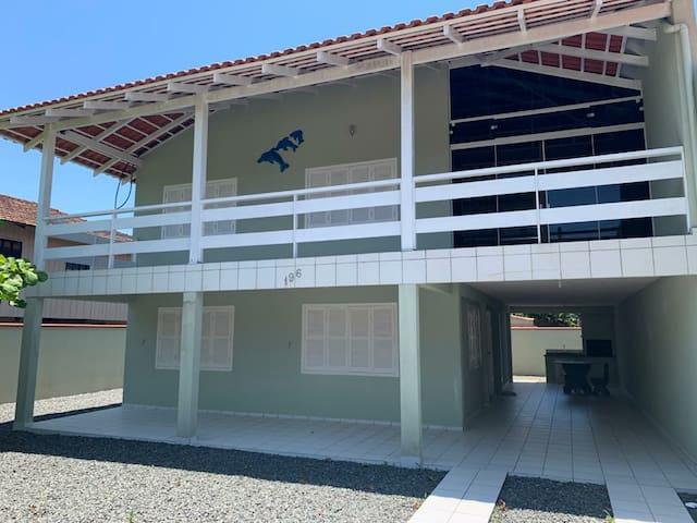 Casa aconchegante a 100metros da prainha