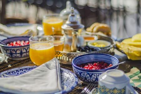 Chambre double avec petit déjeuner - Bed & Breakfast
