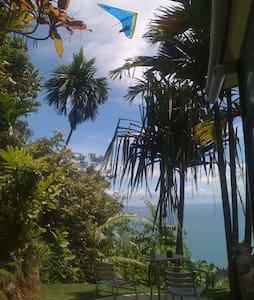 Air Manis Hill Residence East B/rm - Padang - 別墅