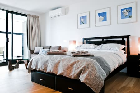 Luxury Studio in Heart of St Kilda