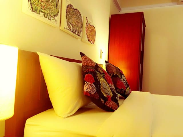 Jane's house room4