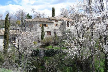 """House to rent in Villeperdrix - """"Dr - Villeperdrix"""