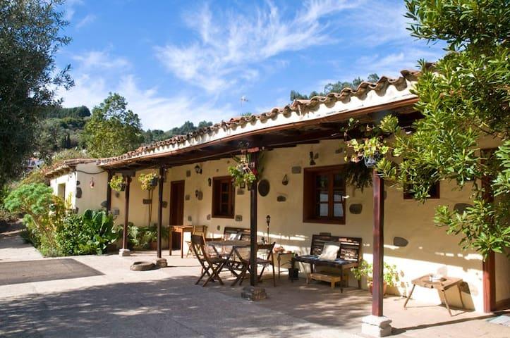 Casa en la montaña 15km de la costa - Moya