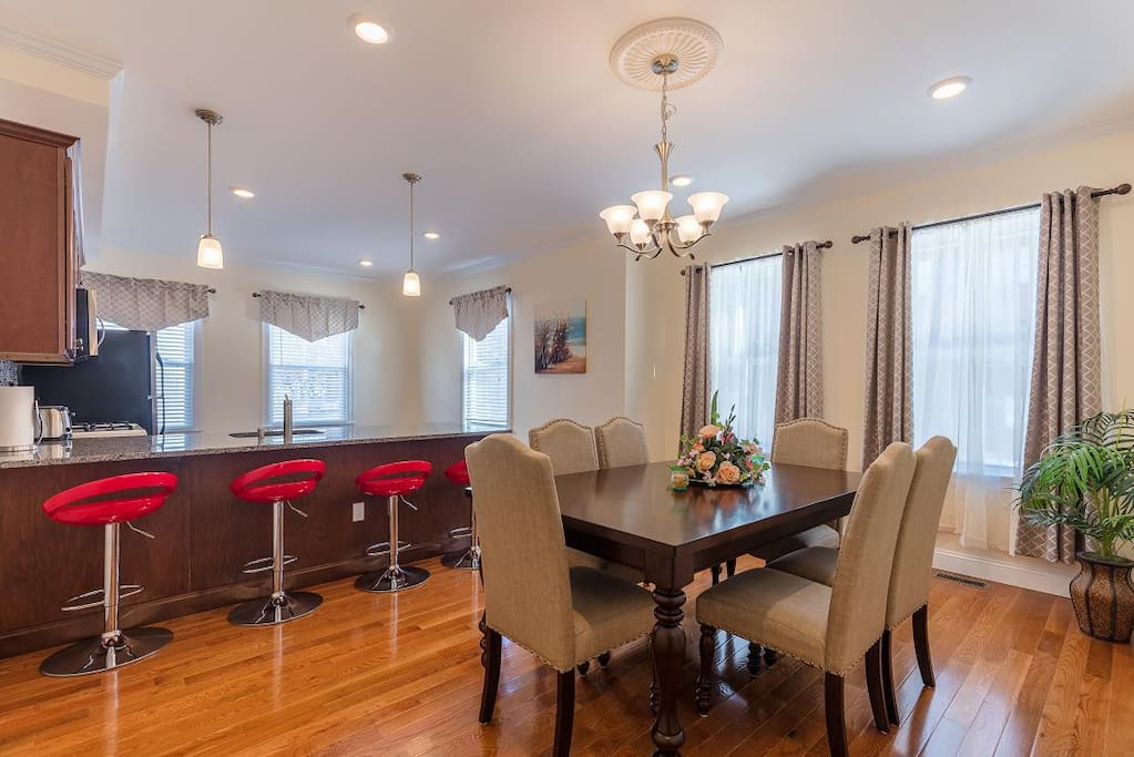 Luxury 3br 2ba Great Boston Exceptional Location