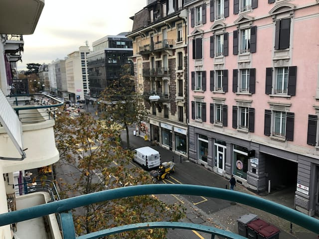 Big apartment 3minutes away from the train station