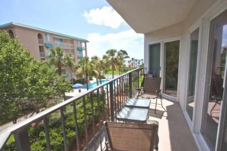 Great Ocean View Condo on the Beach - Huoneisto