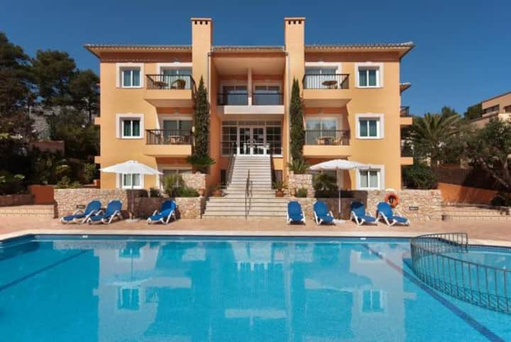 Pool apartment in Cala S Vicente, 534