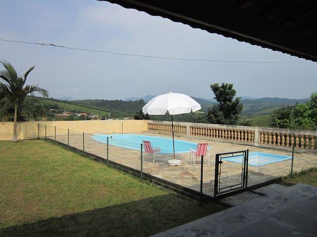 Chácara/casa próximo de São Paulo - Santa Isabel - Casa
