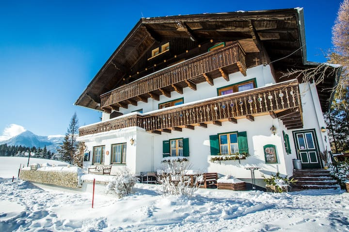 "Vacation apartment ""Zaunkönig"" in Ramsau"