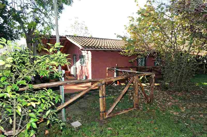 Country house for holidays in Rome - Roma - Casa