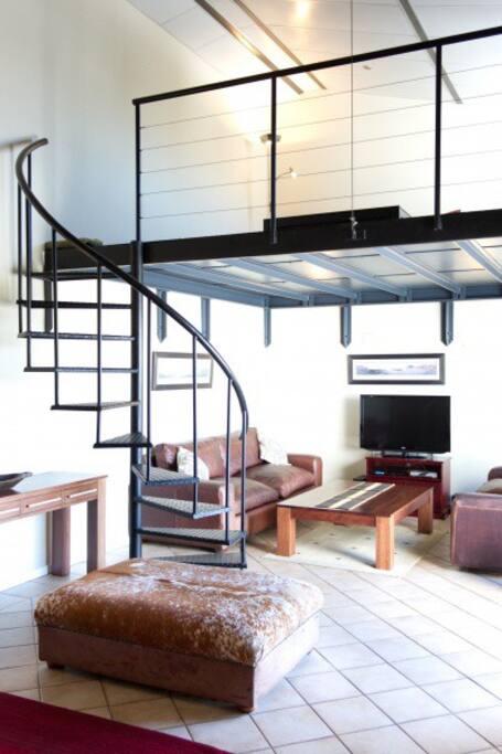 Lounge and Loft