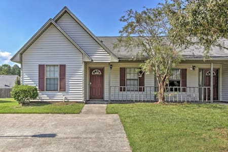 Quaint 2BR Ladson House w/Pool Access - Ladson